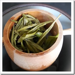 feuilles-anji-bai-cha-les-filles-du-the-chine-the-vert